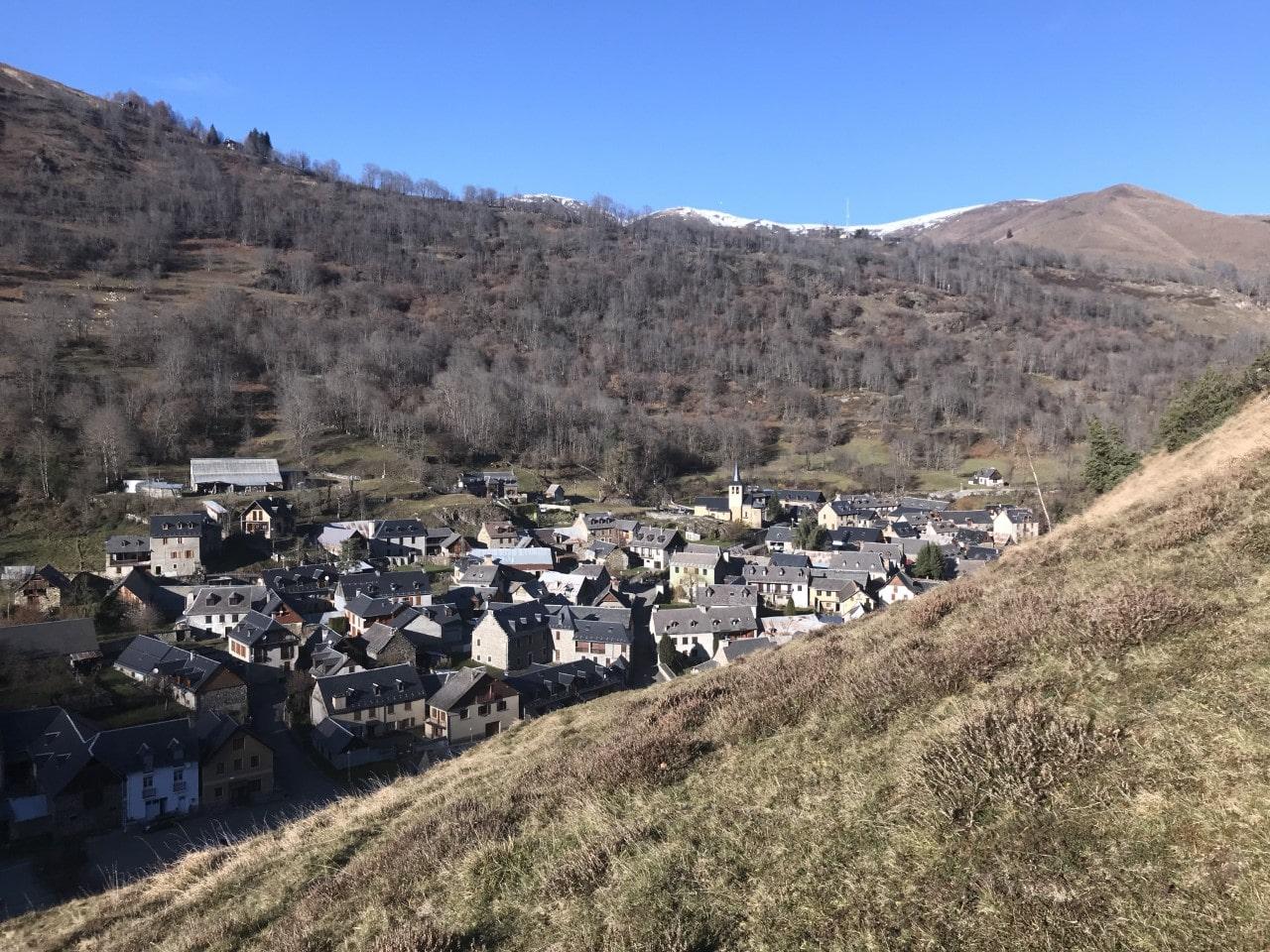 vue du village min